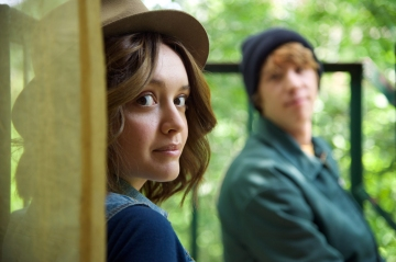 "Olivia Cooke as ""Rachel"" and Thomas Mann as ""Greg"" in a scene from the motion picture ""Me and Earl and the Dying Girl."" CREDIT:   Anne Marie Fox, Fox Searchlight Pictures [Via MerlinFTP Drop]"